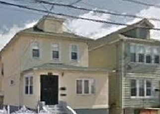 Foreclosed Home en MONTICELLO AVE, Bronx, NY - 10466