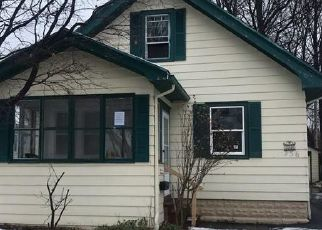Foreclosed Home en BENNINGTON DR, Rochester, NY - 14616
