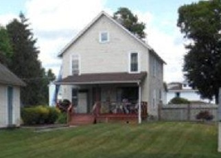 Foreclosed Home en S MAPLE ST, Corning, NY - 14830