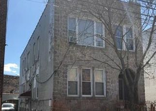 Foreclosed Home en VIRGIL PL, Bronx, NY - 10473