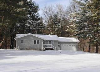 Foreclosed Home en RUGGLES RD, Saratoga Springs, NY - 12866