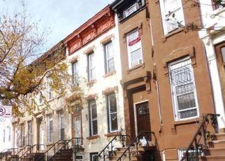 Foreclosed Home en VAN BUREN ST, Brooklyn, NY - 11221