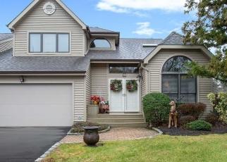 Casa en ejecución hipotecaria in Huntington Station, NY, 11746,  JULIA CIR ID: P1237222