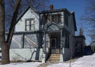 Foreclosed Home en JOHN ST, Ticonderoga, NY - 12883