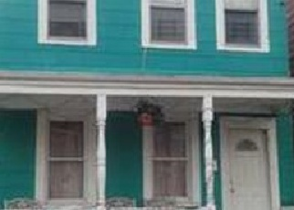 Foreclosed Home en WARREN ST, Staten Island, NY - 10304