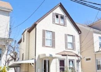 Foreclosed Home in TERRACE AVE, Hempstead, NY - 11550