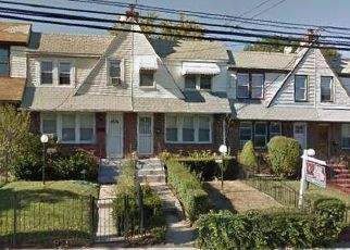 Casa en ejecución hipotecaria in Saint Albans, NY, 11412,  118TH AVE ID: P1237585