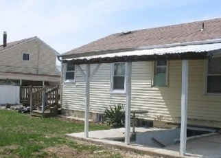 Foreclosed Home en CONE AVE, Central Islip, NY - 11722
