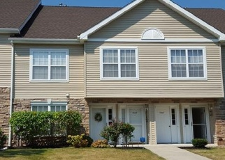 Foreclosed Home en MAGGIE RD, Newburgh, NY - 12550