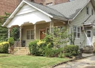 Casa en ejecución hipotecaria in Valley Stream, NY, 11581,  BROOKLYN AVE ID: P1238013