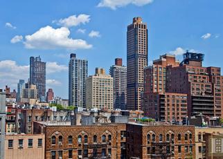 Casa en ejecución hipotecaria in New York, NY, 10075,  E 79TH ST ID: P1238123