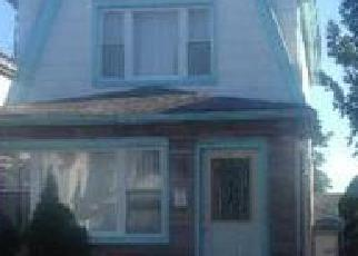 Foreclosed Home en 95TH AVE, Queens Village, NY - 11429