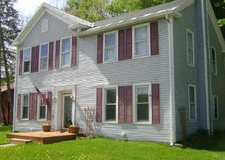 Foreclosed Home en MAIN ST, Petersburg, NY - 12138