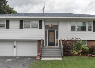 Foreclosed Home en HERKIMER RD, Utica, NY - 13502