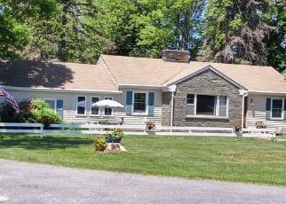 Foreclosed Home en VASSAR RD, Poughkeepsie, NY - 12603