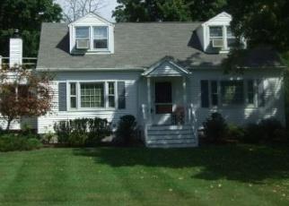 Foreclosed Home en LESLIE RD, Newburgh, NY - 12550