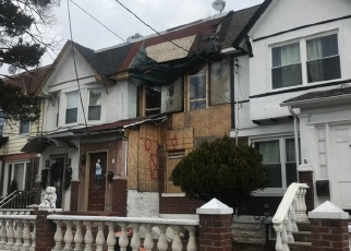 Foreclosed Home en 90TH ST, Woodhaven, NY - 11421