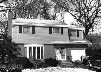 Foreclosed Home en ERIE RD, West Hempstead, NY - 11552