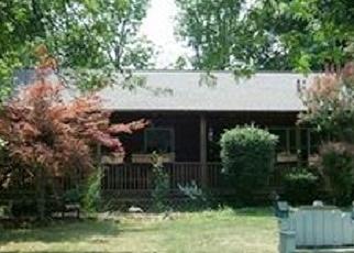 Foreclosed Home en FAIRLEA RD, Honeoye Falls, NY - 14472