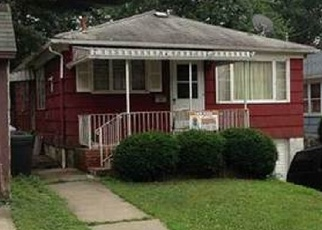 Foreclosed Home en KRAMER PL, Staten Island, NY - 10302