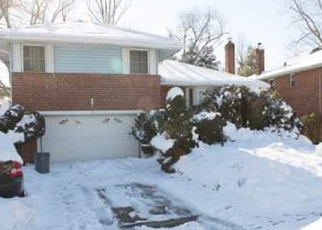 Foreclosed Home in OAKDALE DR, Westbury, NY - 11590