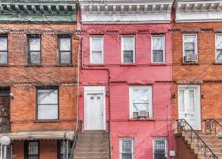 Casa en ejecución hipotecaria in Brooklyn, NY, 11208,  MILFORD ST ID: P1240509
