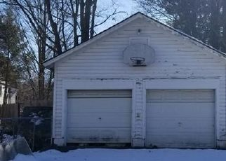 Foreclosed Home en CANAL ST, Ellenville, NY - 12428