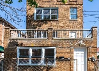 Foreclosed Home en OAKLEY ST, Bronx, NY - 10469