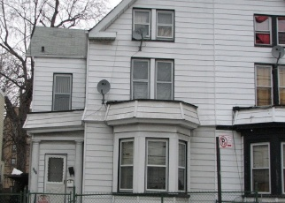 Foreclosed Home en E 232ND ST, Bronx, NY - 10466