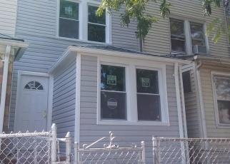 Casa en ejecución hipotecaria in Jamaica, NY, 11434,  153RD ST ID: P1242026