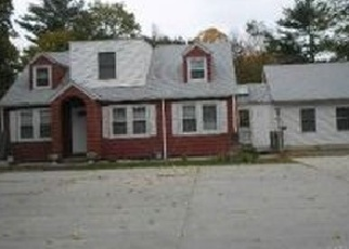 Foreclosed Home in SUFFOLK AVE, Brentwood, NY - 11717