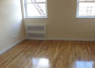 Foreclosed Home en 73RD ST, Jackson Heights, NY - 11372