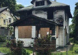 Casa en ejecución hipotecaria in Springfield Gardens, NY, 11413,  136TH RD ID: P1242282