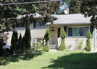 Foreclosed Home en NANSEN CT, Spring Valley, NY - 10977