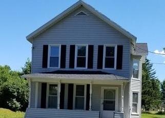 Foreclosed Home en E BAYARD ST, Seneca Falls, NY - 13148