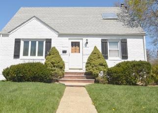 Casa en ejecución hipotecaria in Valley Stream, NY, 11580,  GRANT DR N ID: P1242503