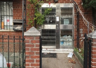 Foreclosed Home en 52ND AVE, Elmhurst, NY - 11373