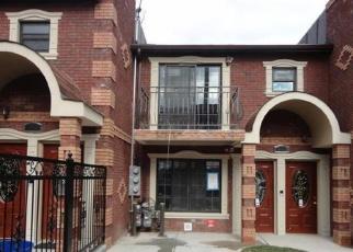 Foreclosed Home en E 225TH ST, Bronx, NY - 10466