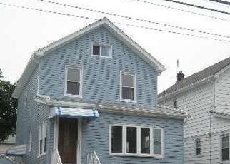 Casa en ejecución hipotecaria in Springfield Gardens, NY, 11413,  223RD ST ID: P1242727