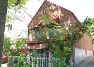 Foreclosed Home en 126TH ST, Kew Gardens, NY - 11415