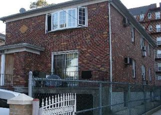 Foreclosed Home en DANIELS ST, Jamaica, NY - 11435
