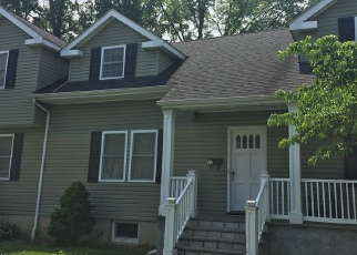 Foreclosed Home en NEW HAVEN ST, Harrison, NY - 10528