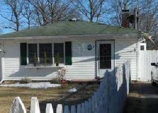 Casa en ejecución hipotecaria in Shirley, NY, 11967,  ALLANWOOD DR ID: P1243848