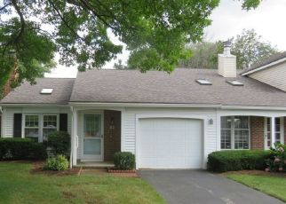 Foreclosed Home en OLD PINE LN, Rochester, NY - 14615