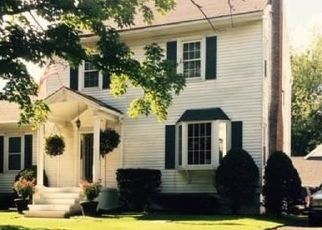 Foreclosed Home en HOOSICK RD, Troy, NY - 12180