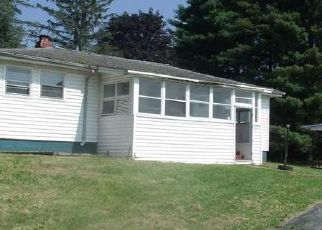Foreclosed Home en STATE HIGHWAY 29A, Gloversville, NY - 12078