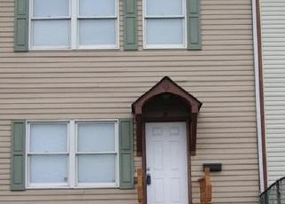 Foreclosed Home en WASHINGTON PL, Newburgh, NY - 12550