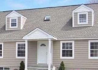 Casa en ejecución hipotecaria in Shirley, NY, 11967,  WILLIAM FLOYD PKWY ID: P1244638