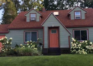 Foreclosed Home in WESTERN AVE, Albany, NY - 12203