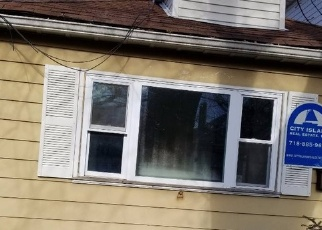 Foreclosed Home en TERRACE ST, Bronx, NY - 10464